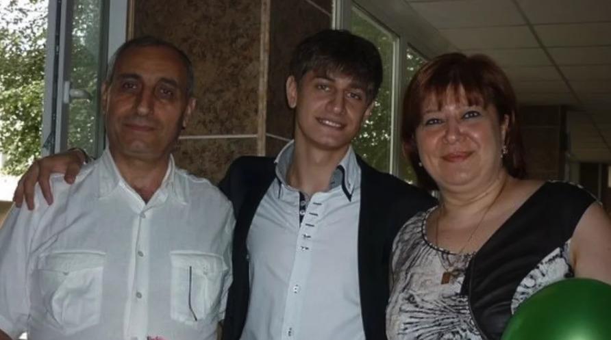 Давид с родителями